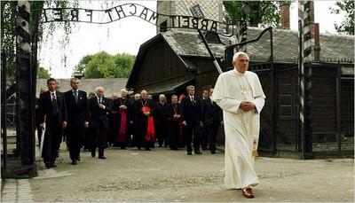 Pope Benedict XVI visits Auschwitz